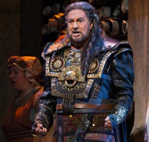 Plácido Domingo sings the title role in Verdi's Nabucco.